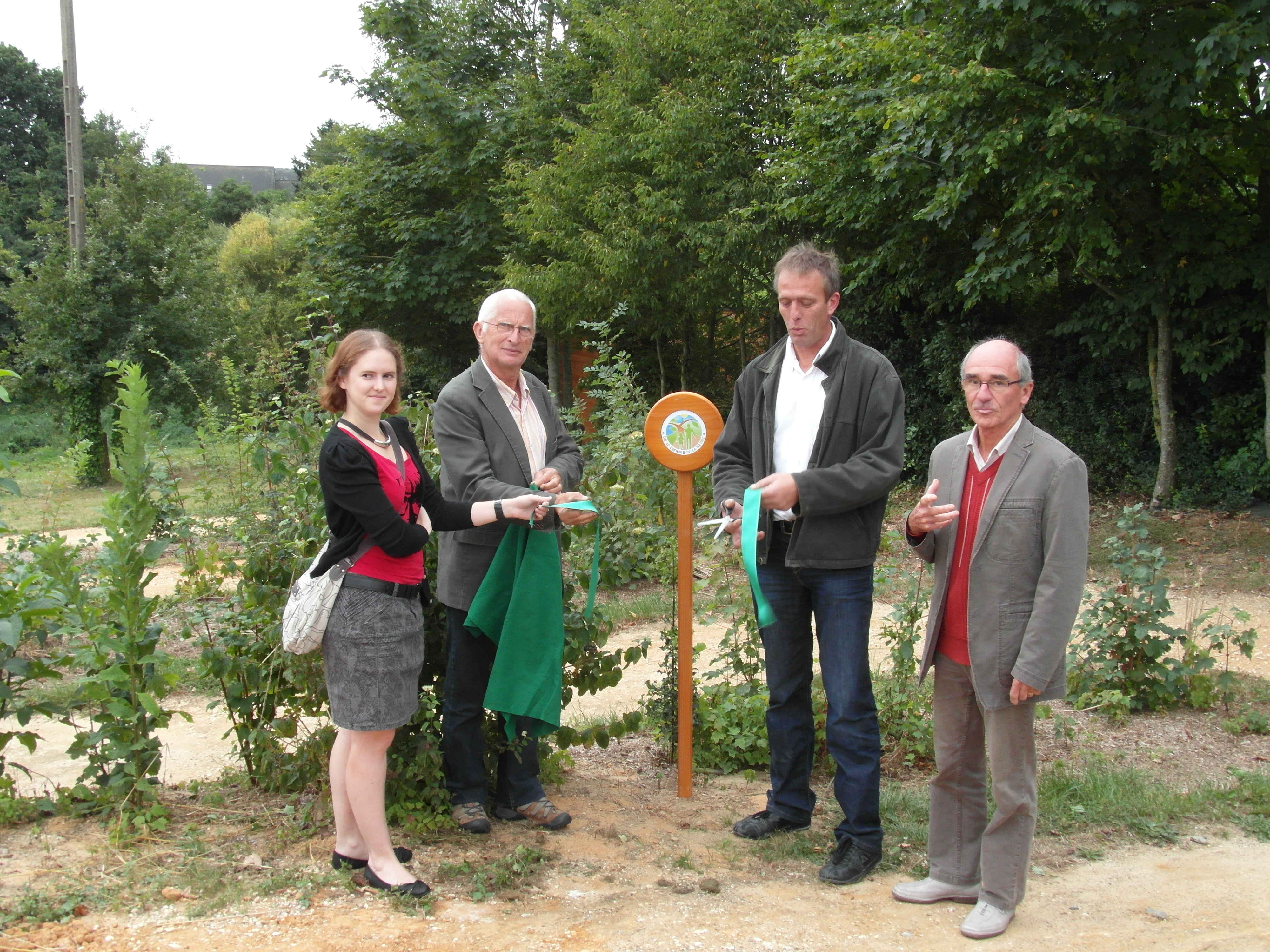 inauguration chemin nature Peuton 1 sept 12-comp3